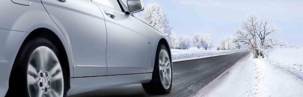 revisión de coche de cara al invierno en un taller mecánico