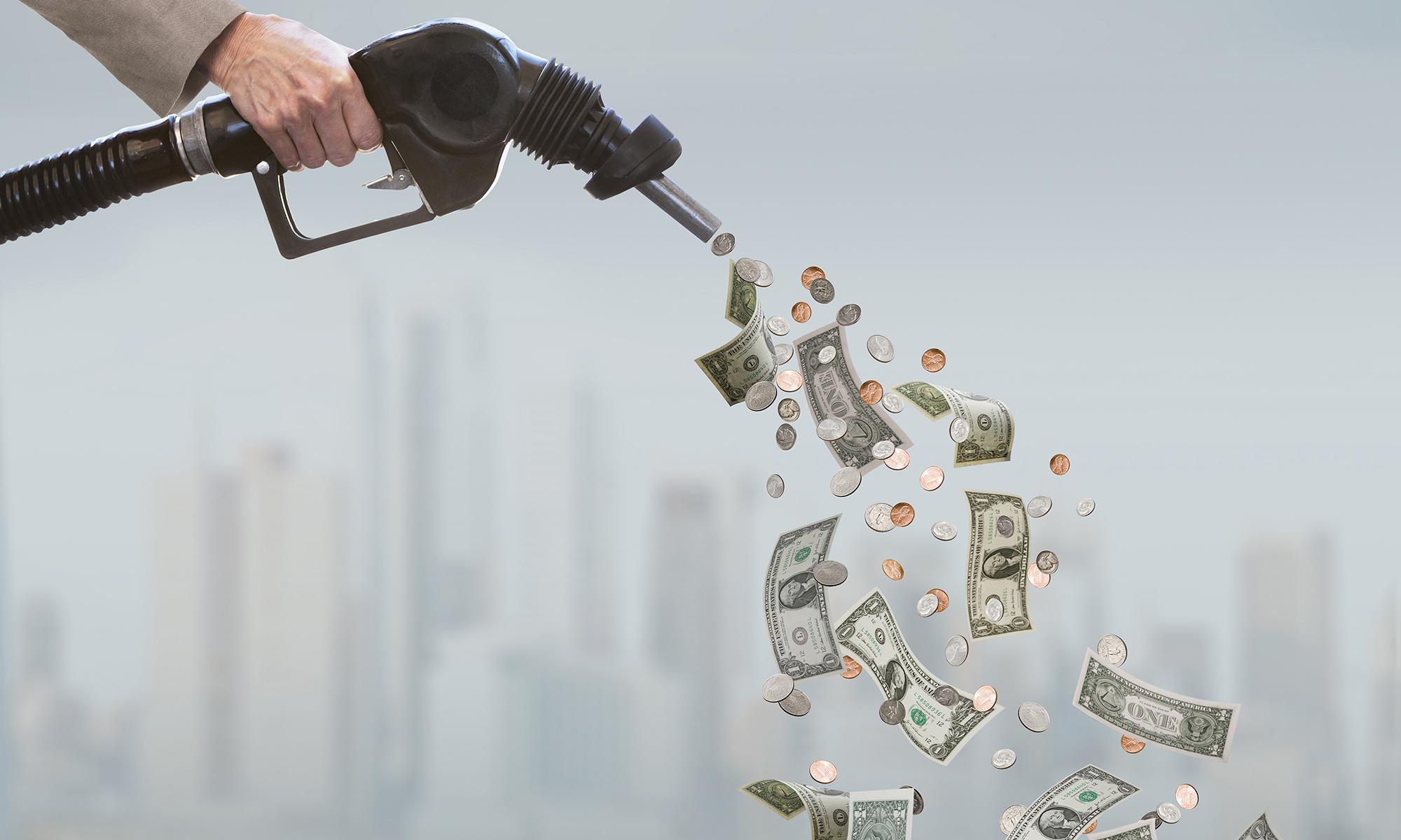 Cómo pagar menos por la gasolina