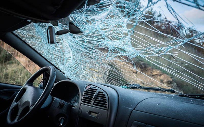 ¿Cuáles son las funciones reales del parabrisas del coche?