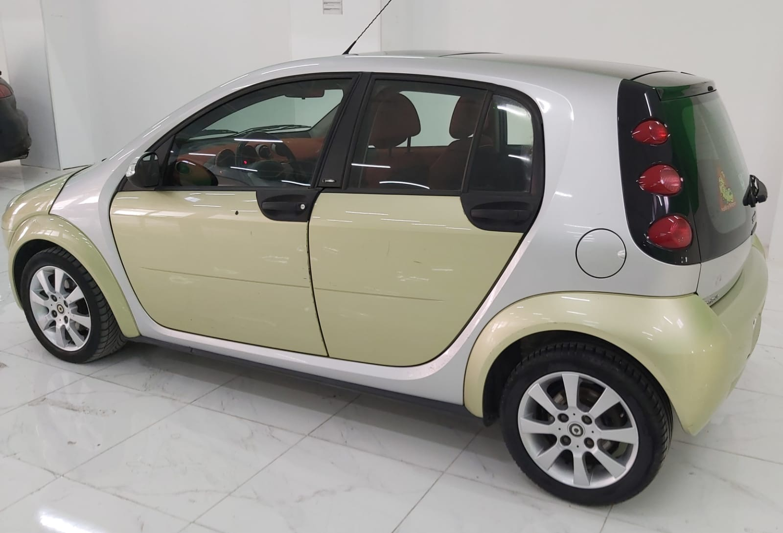 Smart forFour 1.3 Passion, 70kW/95 PS, 1332 cm³ full
