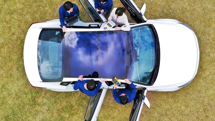 Hyundai & Kia: New solar charging tech for vehicles