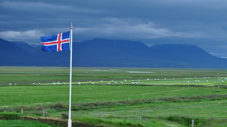 Iceland keeps up with interest in EVs – 27% sold cars in October were Plug-ins