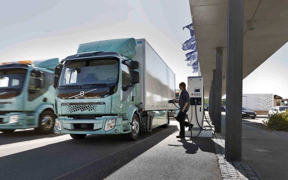 Volvo Trucks: Comenzó comercialización de camiones eléctricos para el transporte urbano