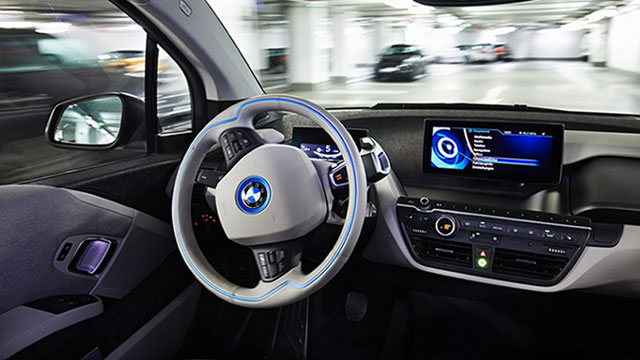 BMW: autonomni automobil na tržištu do 2021.