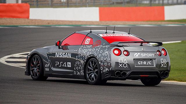 Nissan predstavio GT-R upravljan putem kontrolera za PlayStation