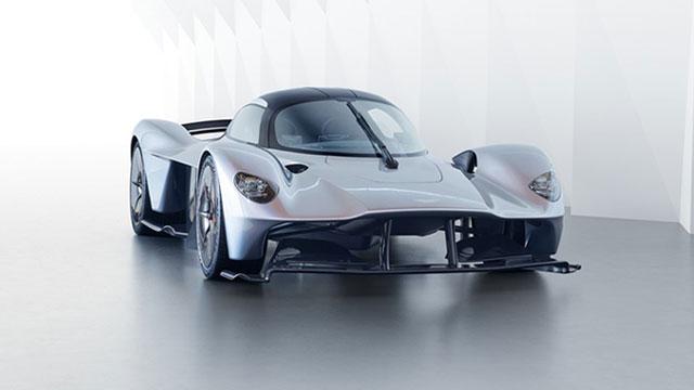 Aston Martin sprema konkurenta Ferrariju 488 GTB