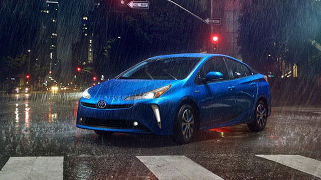Toyota mora pronaći novi put za Prius