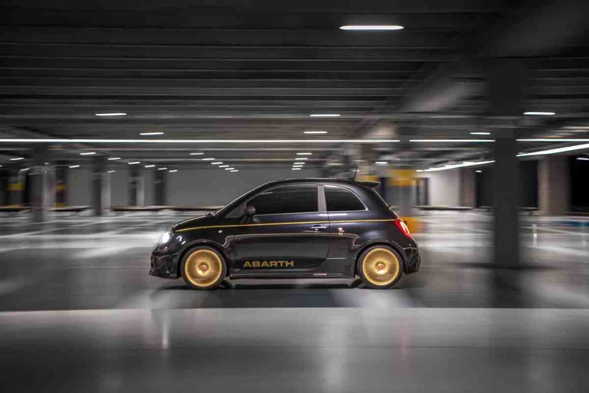 """A succulent tribute to the A112 Abarth """"Gold Ring"""