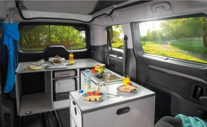 Unlimited versatility for these camperized Mercedes-Benz V-Class and Vito
