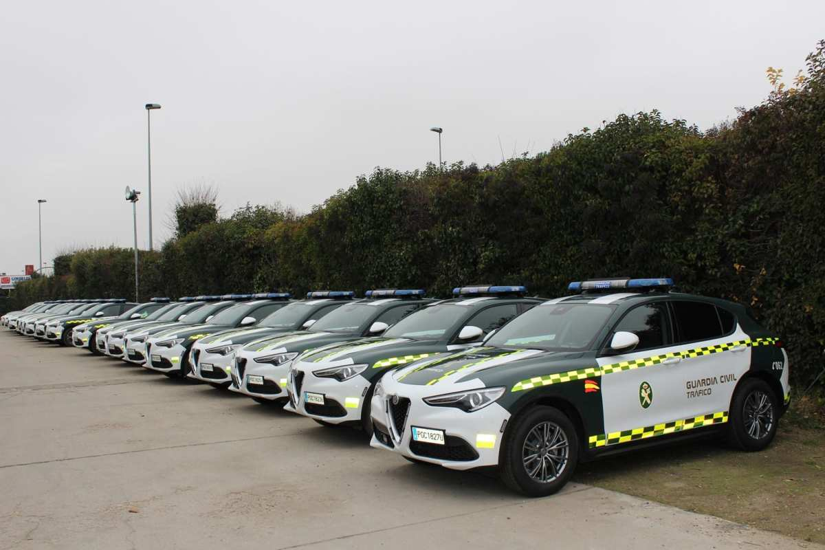 The Civil Guard of Traffic returns to bet on the Alfa Romeo Stelvio Q4 in diesel and gasoline