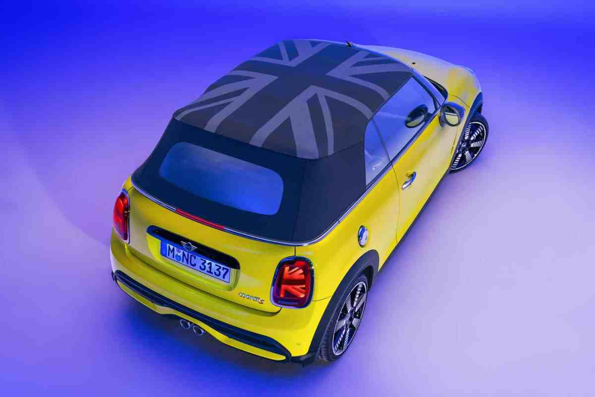 You can now reserve the renewed MINI Hatch in Spain