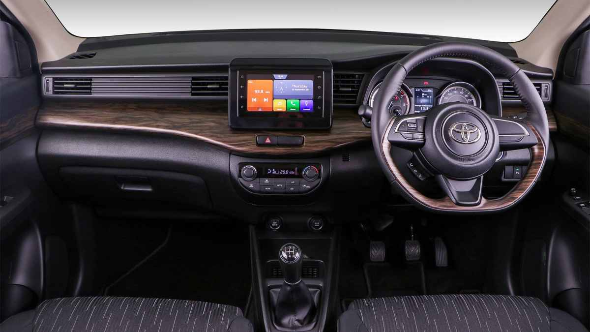 New Toyota Rumion, another renamed Suzuki