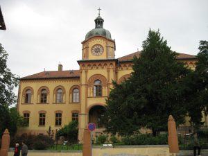 Karlovacka-gimnazija
