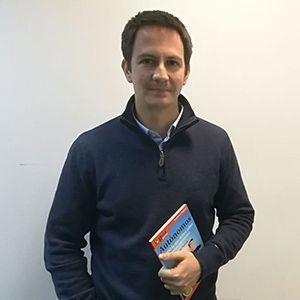Alejandro Peña ya tiene su GuíaBurros para autónomos