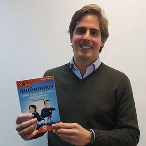 Borja Osta ya tiene su GuíaBurros para autónomos