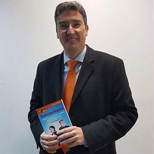 Antonio Carroza ya tiene su GuíaBurros para autónomos