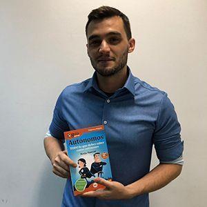 Federico Sainz de Robles ya tiene su GuíaBurros para autónomos