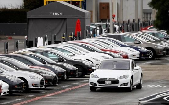 Η Tesla θα πουλήσει επίσης ηλεκτρικά αυτοκίνητα στην Ινδία
