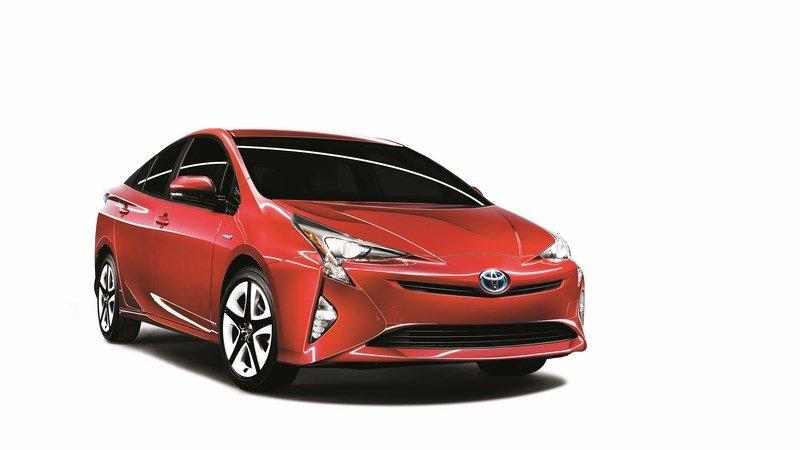 Revista-Autopista-Toyota Prius