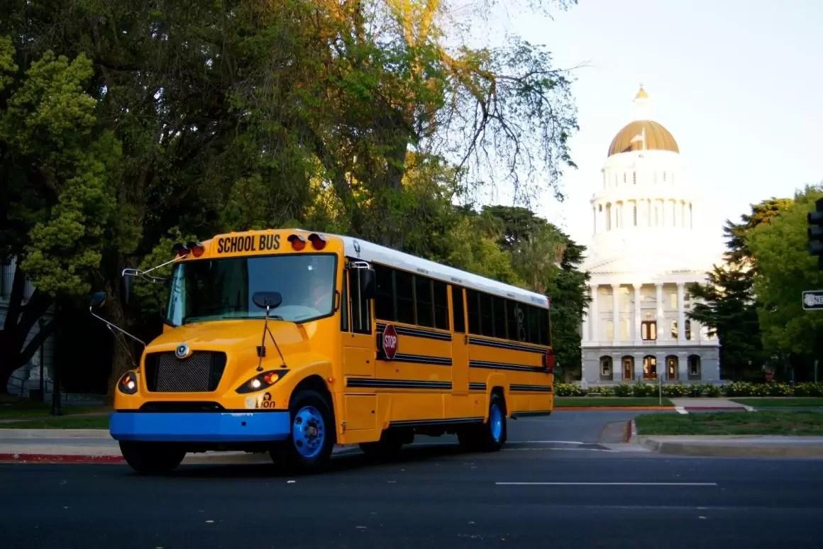 Anche il mitico School Bus Americano diventa elettrico