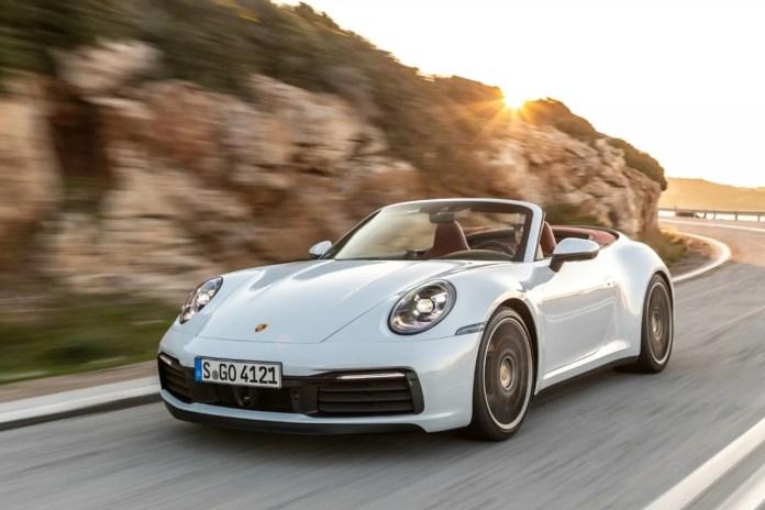 Porsche 911 Carrera 4S in off-road, succede in Bulgaria [VIDEO]