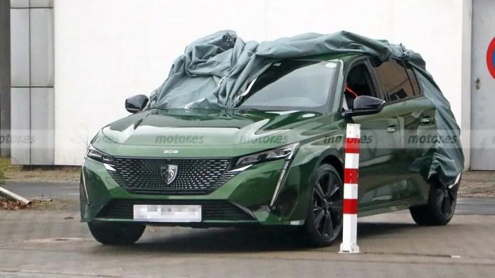 Nuova Peugeot 308 2022, le foto Rubate senza veli in Anteprima