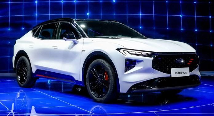 Nuova Ford Mondeo Evos 2021, info e foto dalla Cina