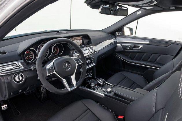 mercedes-e-63-amg-restyling-2013-interni-volante In arrivo la Mercedes E 63 AMG Restyling 2013