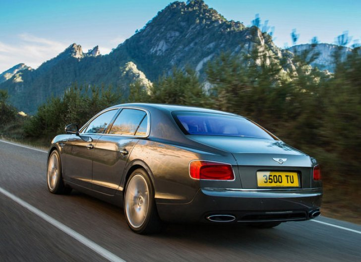 bentley-continental-flying-spur-restyling Bentley Continental Flying Spur: il nuovo restyling