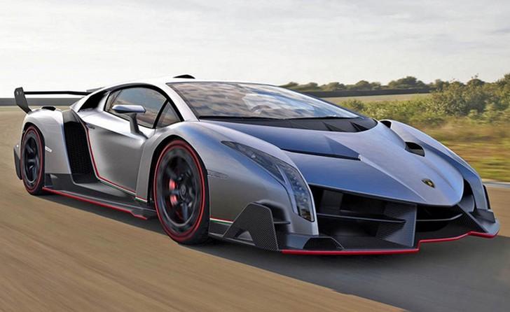 Lamborghini-Veneno Lamborghini Veneno: 3 milioni di euro per un'auto senza compromessi