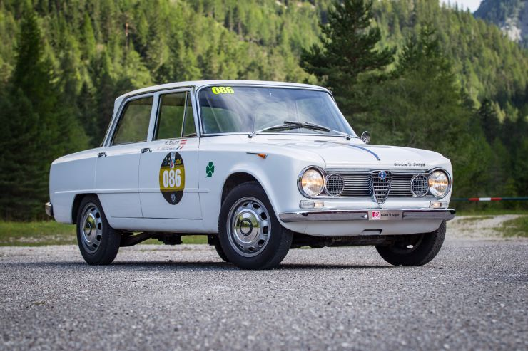 160725_Alfa-Romeo_Coppa-Oro-Dolomiti_04 Storia dell'Alfa Romeo Giulia dalla prima versione del 1963 al 2016, motori, versioni e caratteristiche tecniche