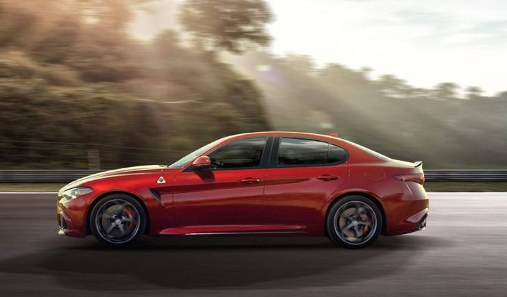 Giulia-Quadrifoglio-Alfa-Romeo-1024x601 Giulia Quadrifoglio: scopriamo la super car di casa Alfa Romeo