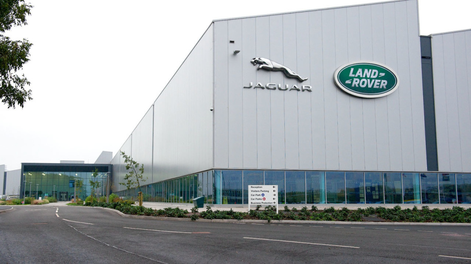 jaguar-land-rover-engine-manufacturing-unit-Autoretina