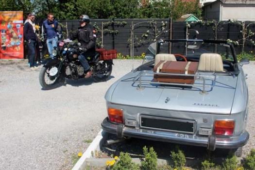 L'arrivée de la première moto...