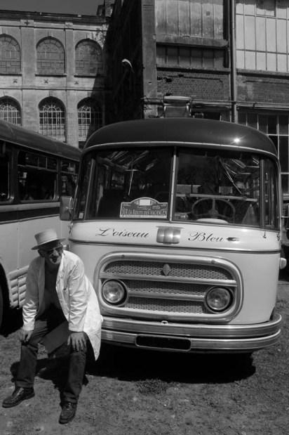 Voici enfin les bus !