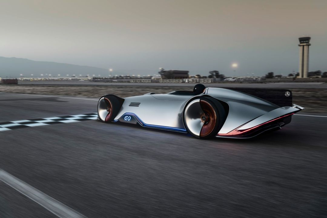 Mercedes Benz Showcar Vision EQ Silver Arrow