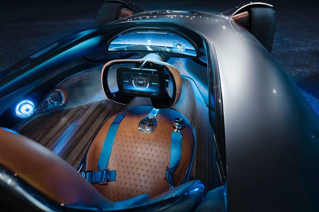 Mercedes Benz Showcar Vision EQ Silver Arrow