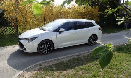 Toyota Corolla TS Kombi 2.0 Hybrid – Znowu atrakcyjna