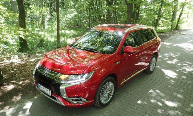 Mitsubishi Outlander PHEV – Elektryczno-spalinowy SUV