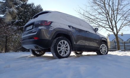 Jeep Compass Limited 1.3 Turbo 4xe – Puszysty elegant