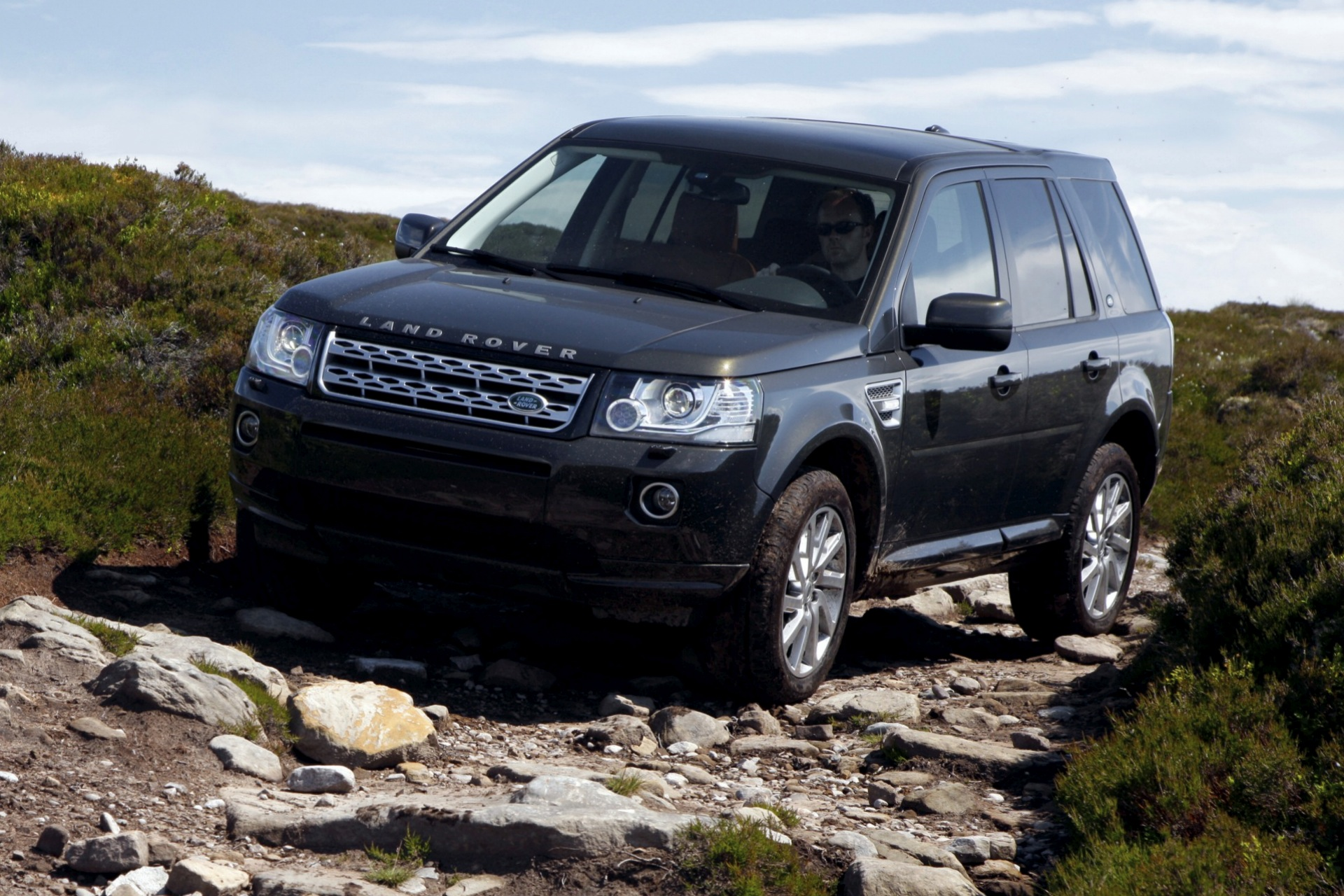 Used Vehicle Review Land Rover LR2 2008 2014 Page 2 of 2