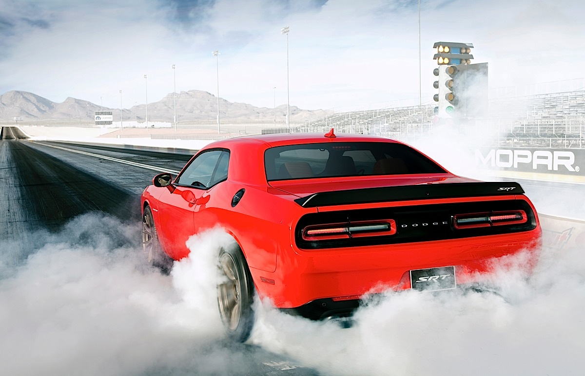 2015 Dodge Challenger SRT Supercharged Hellcat