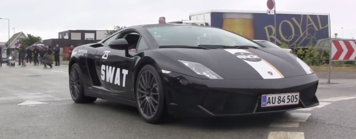 Start of the 2015 Cool Car Race (video)