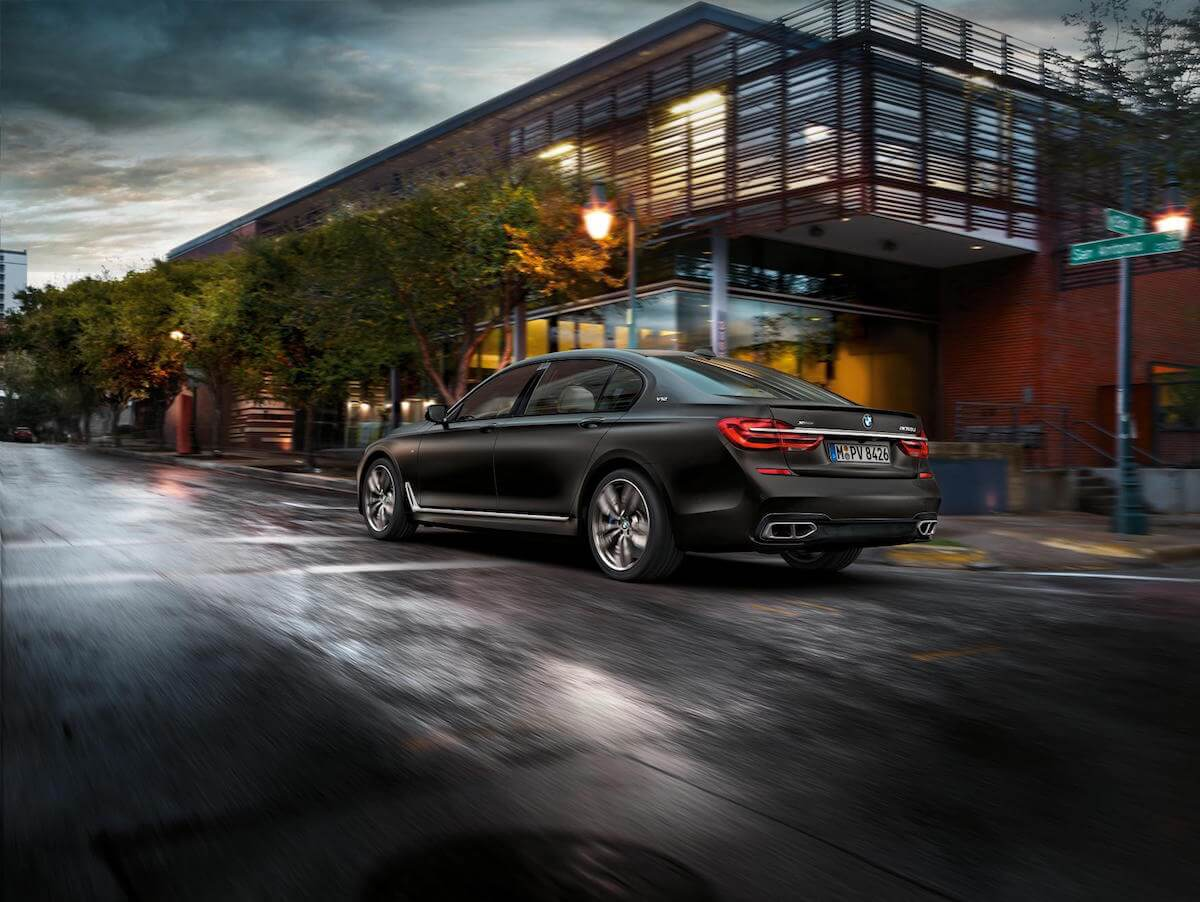 2017 BMW M760i xDRIVE Picture 20
