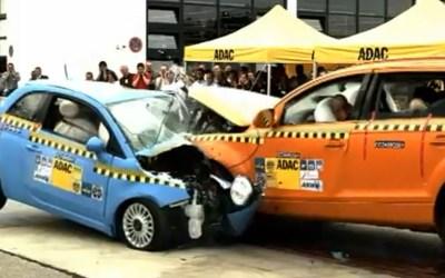 Quanto è sicura la mia auto? Il peso dell'auto negli incidenti (un tema antipatico)