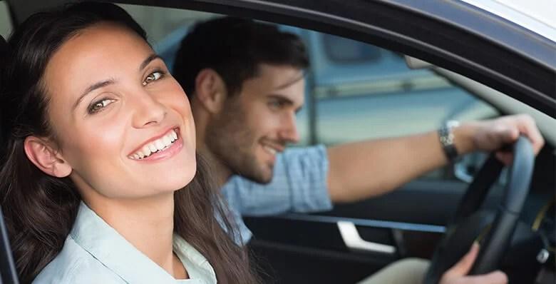 bd autósiskola slider car driver