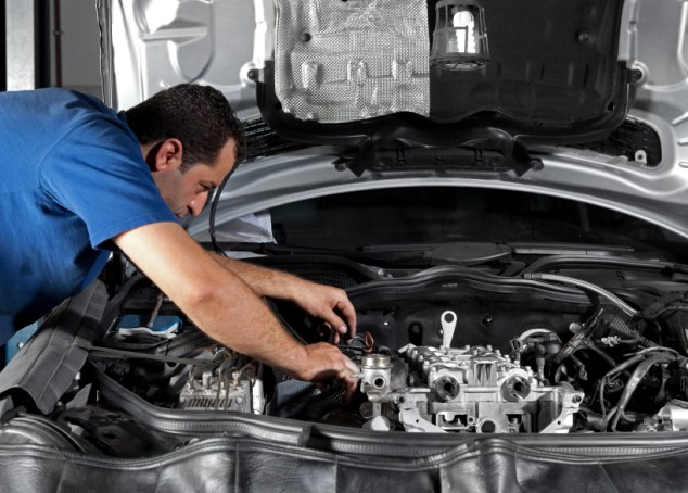 Things To Remember To Hire Auto Repair Services Autosti