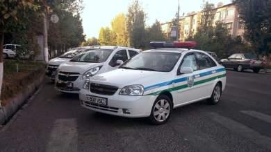 Автомобиль ГАИ ДПС в Узбекистане на пешеходном переходе в Ташкенте