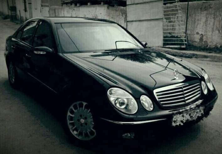 Mercedes-Benz W211 E320 / 2003 год / пробег: 218,00 км / цена: 16,000$