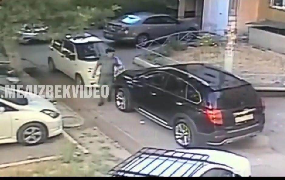 Сотруднник милиции поцарапал ключами чужую машину, которая закрыла ему проезд